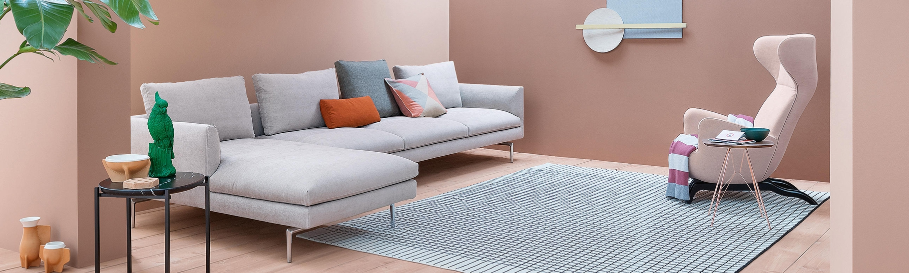 Zanotta   DomésticoShop Designer Furniture on chaise recliner chair, chaise sofa sleeper, chaise furniture,