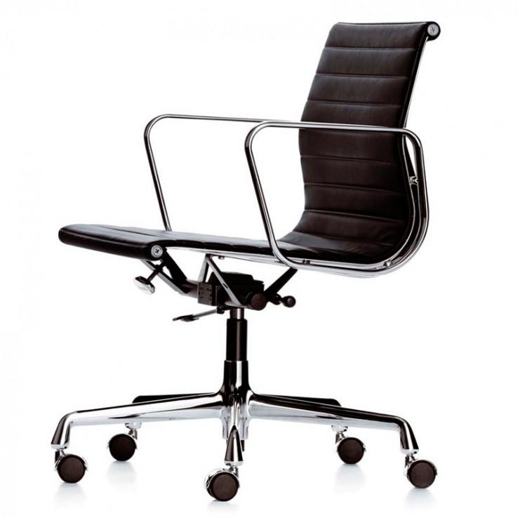 Silla Aluminium Chair EA 117 Piel