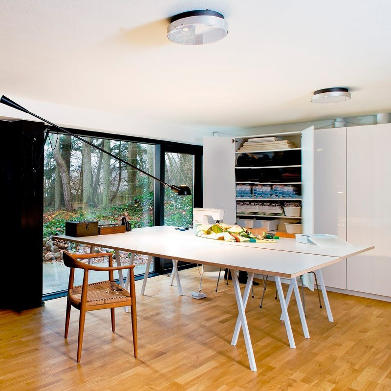 mesa loop stand. Black Bedroom Furniture Sets. Home Design Ideas
