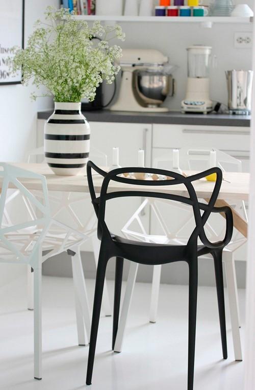 silla masters kartell marcas. Black Bedroom Furniture Sets. Home Design Ideas